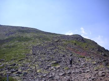 横岳への登り