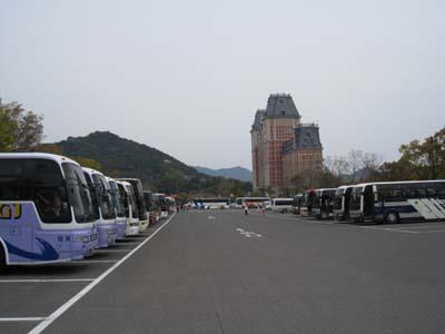 バスがいっぱい