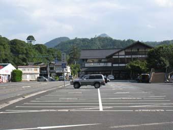 青の洞門駐車場