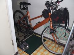 自転車置き場 ふぅんち