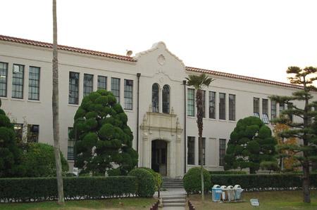 関西学院 経済学部