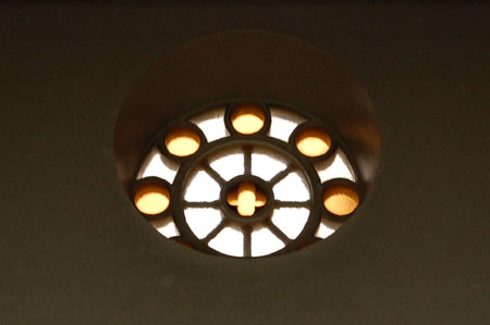 ランバス記念礼拝堂 ステンドグラス