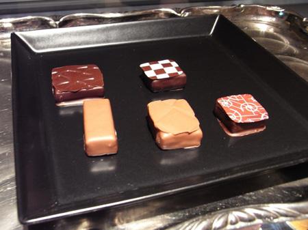 芝川ビル TIKAL チョコレート