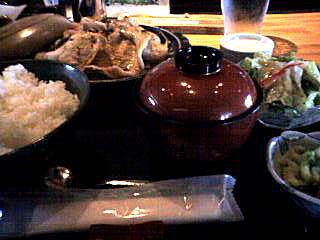 三沢産こだわりポーク生姜焼き定食