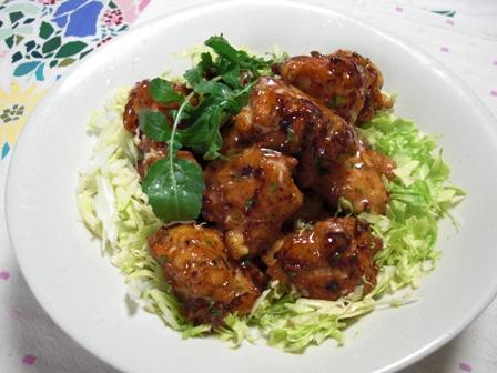 鶏と干しエビの揚げ団子オーロラソース