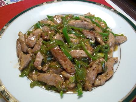 梅ジャムで青椒肉絲