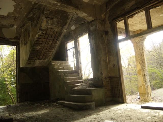 110502_1637 階段