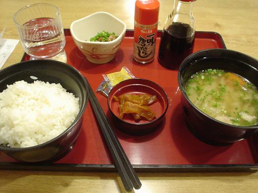 ファミレスのジョイフルで豚汁朝定食モーニング005