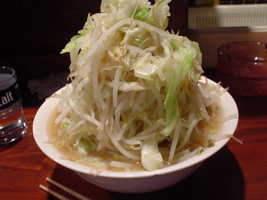 新小岩駅のガード下のラーメン店「むねや」野菜大盛り018