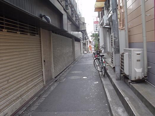 新小岩駅のガード下の人気ラーメン店「むねや」の開店時間002