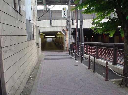 新小岩駅のガード下の人気ラーメン店「むねや」の開店時間003