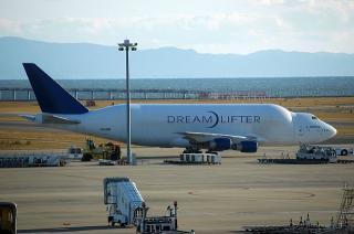 B747-400LCF 「ドリームリフター(Dreamlifter)」