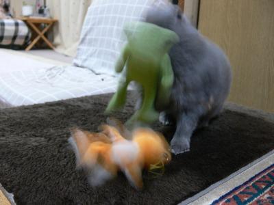 怪獣乱入!