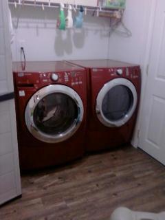 洗濯機とドライヤー