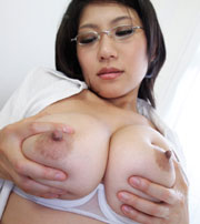 SEXY巨乳!高島恭子チャン Hカップ97cmの超爆乳おっぱい♪