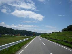 最近、気に入ってる道路です。どこかわかる人~?