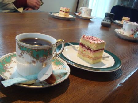ボレロのケーキで珈琲を