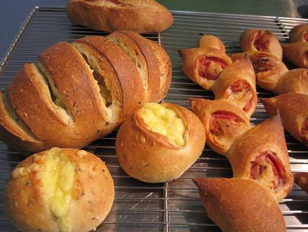 パンオレ生地で作るお惣菜パン