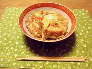 沖縄風カツ丼
