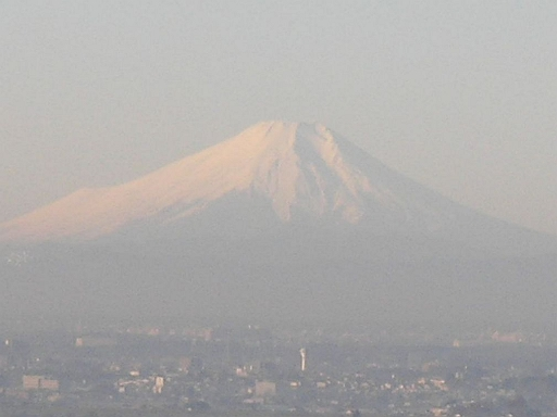 快晴の朝、富士山までばっちり。