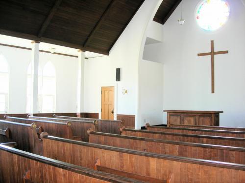 教会内部・横