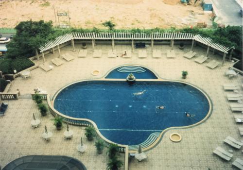 ホテル・プール