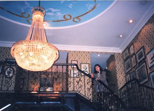 ホテル・横