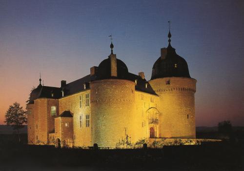 ブリュッセルのお城絵はがき_convert_20110723182500