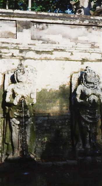 女神の沐浴場