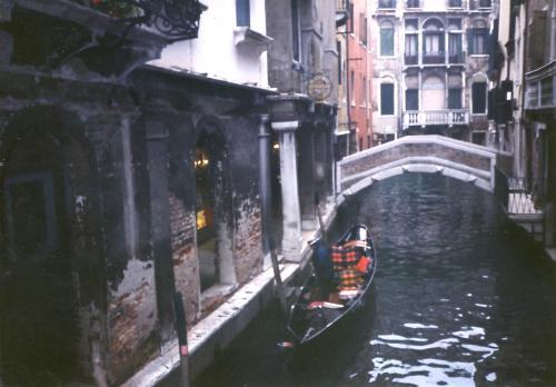 ベニスの水路