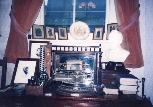 ホームズのタイプライター