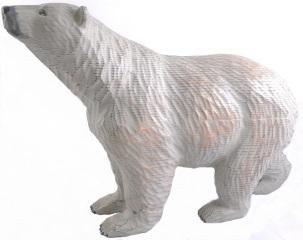 木彫りの北極グマ