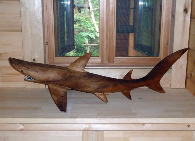 ウッドクラフトのサメ