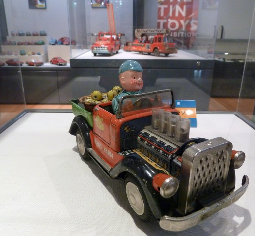 ブリキのおもちゃ展