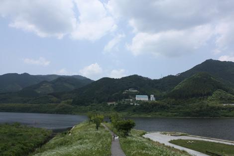水の郷奥津湖