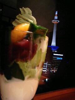 抹茶と京都タワー