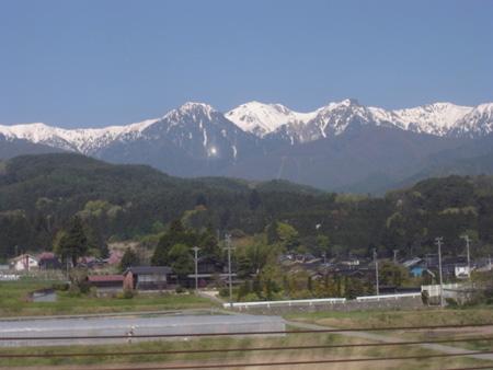 中央アルプスの山並み
