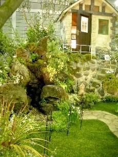 シェッドのある庭