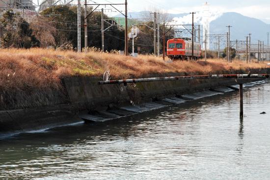 (2012/2/11 岳南鉄道 吉原付近)