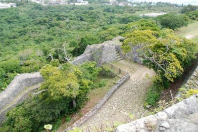 na.中城城二の郭から北の郭を望む