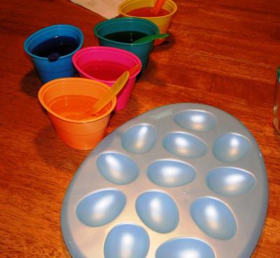 Egg+Coloring+001_convert_20100406063924.jpg