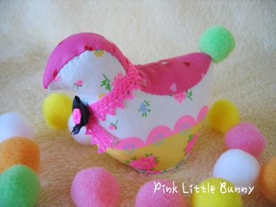 小鳥のピンクッション