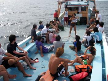 タオ島セイルロックツアー・ボート