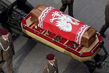 ポーランド 国葬