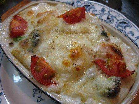 トマト入りマカロニグラタン