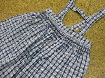 つり紐のスカート