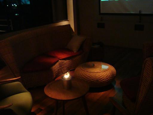 夜ロビーカフェテリア