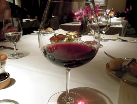 アピ赤ワイン