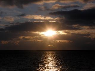 sunset090103.jpg