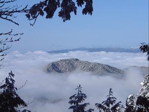 雲海の島2